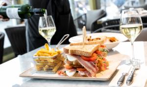 Lunch   Dinner   Beverages   Sandwich   Brasserie Cé   Den Bosch